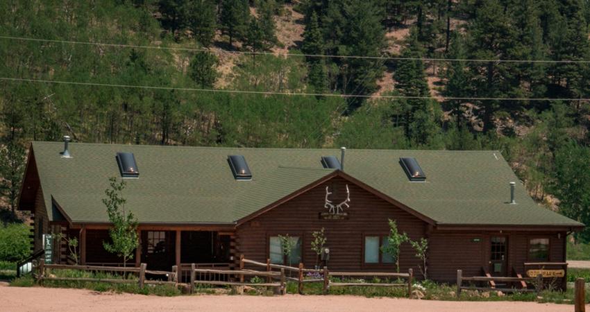 Aspen Acres Campground Rye Colorado - Rec hall & Lounge